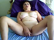 WIFE FUCKS HER TIGHT PUSSY WITH HER VIBRATOR